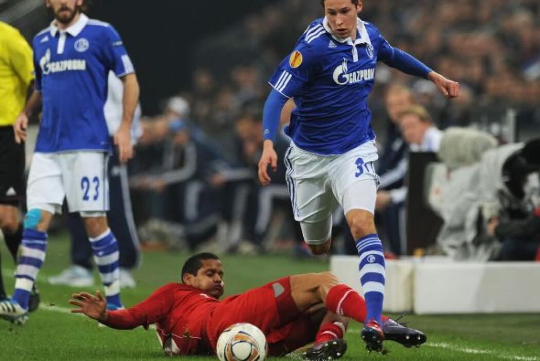Se midieron al Twente, con el que perdieron 1-0 en el partido de Ida. Pe...