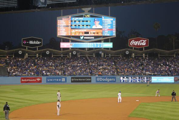 Dodgers 3 Giants 5