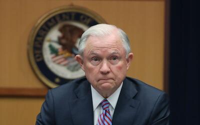 Los comentarios de Sessions cayeron mal en el archipiélago, un estado de...