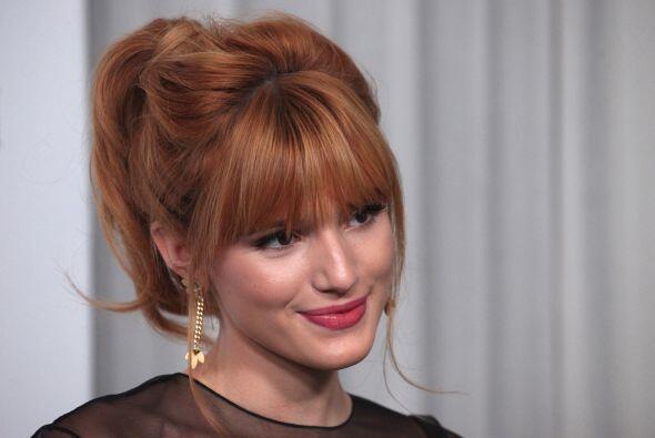 9. BELLA THORNE.  Actriz, cantante y modelo de 15 años, reconocida por s...