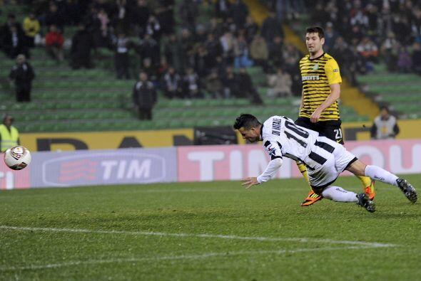 En el grupo I, el Udinese recibió al Celtic en busca de su pase a la sig...