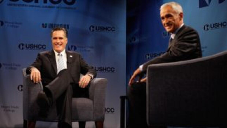 El virtual candidato presidencial republicano, Mitt Romney, durante una...