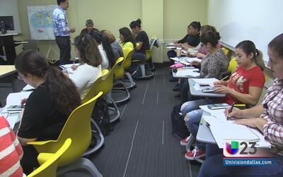 Consigue el diploma GED con este programa gratuito y en español