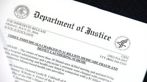 Autoridades federales desbaratan la mayor red de fraude al Medicare en M...