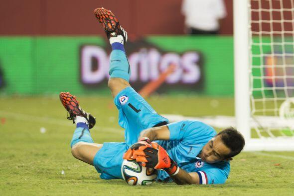 Las selecciones de México y Chile se enfrentaron en el Levi&acute...