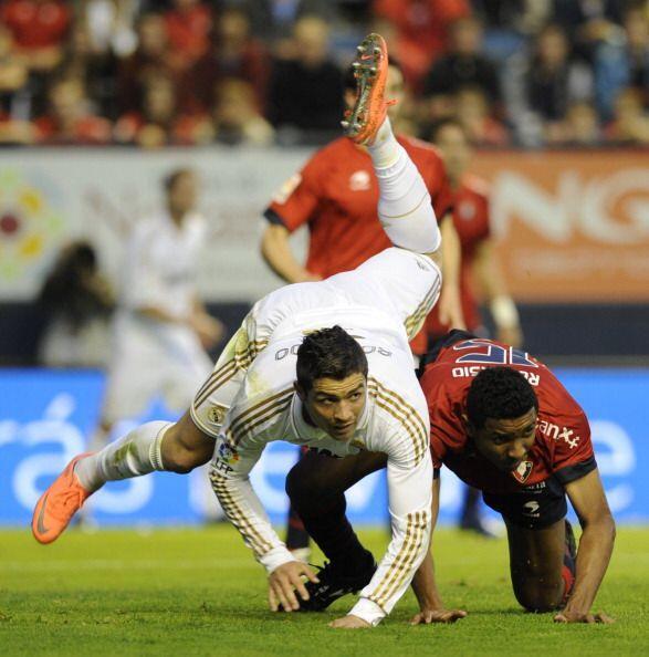 En el comienzo del segundo tiempo, Juan Martínez Modesto descont&...