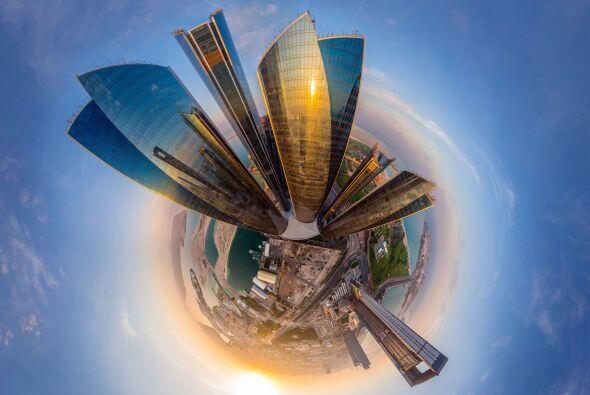 ¿Qué tal las 5 torres Etihad en Adu Dhabi, Emiratos &Aacut...
