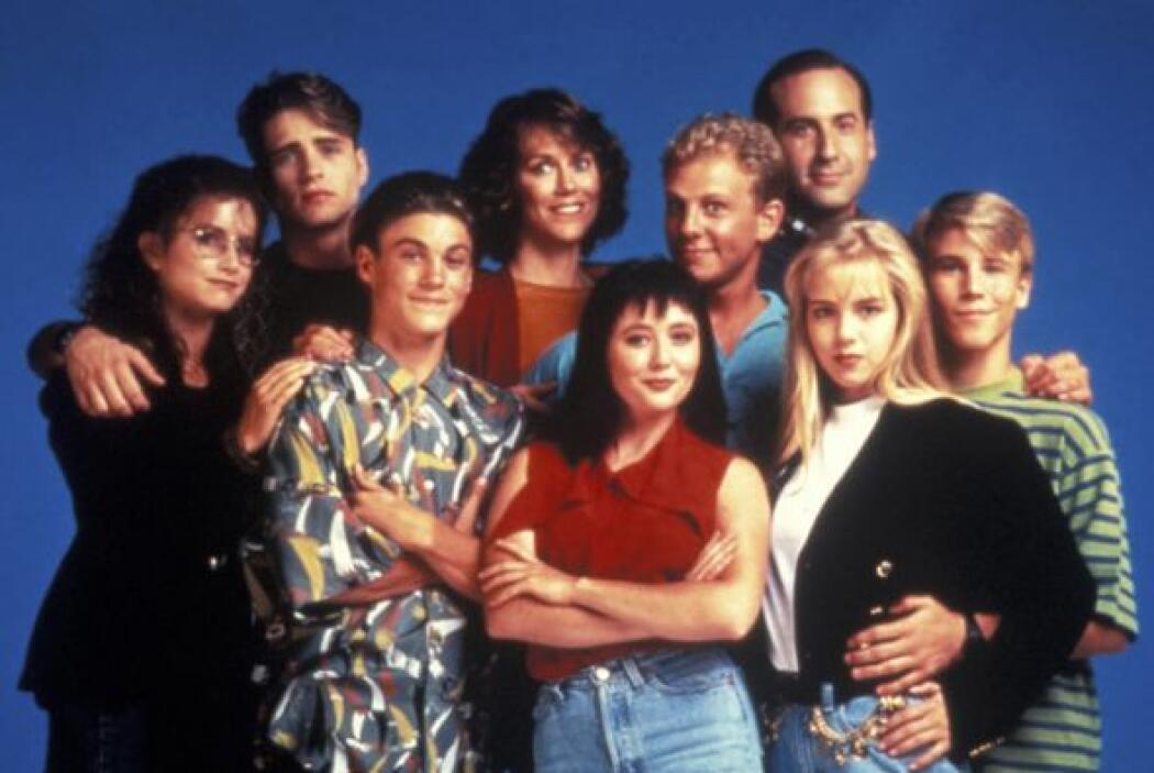 """Esta fue de las primeras fotos grupales de """"Beverly Hills 90210"""". ¿Notas..."""