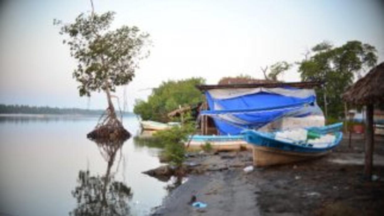 Autoridades mexicanas hallaron en costas de Yucatán a nueve náufragos cu...