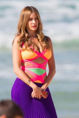 Sofía Vergara en traje de baño, en Australia. Mira aquí los videos más c...