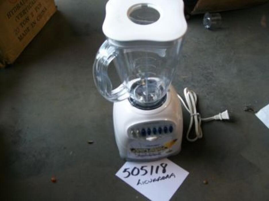 Aparatos electrodomésticos y eléctricos forman parte de los lotes. (Foto...