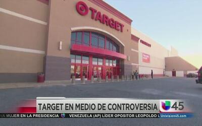 Target en medio de polémica por armas