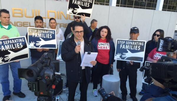 CHIRLA reunió 130,000 firmas en contra de deportaciones