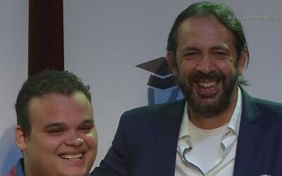 Juan Luis Guerra cumple el sueño de un joven colombiano