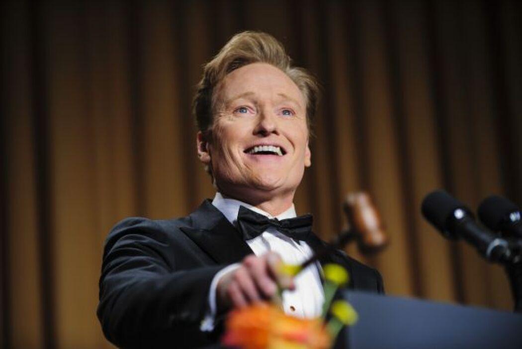 Fue conducida por Conan O'Brian.Mira aquí los videos más chismosos.