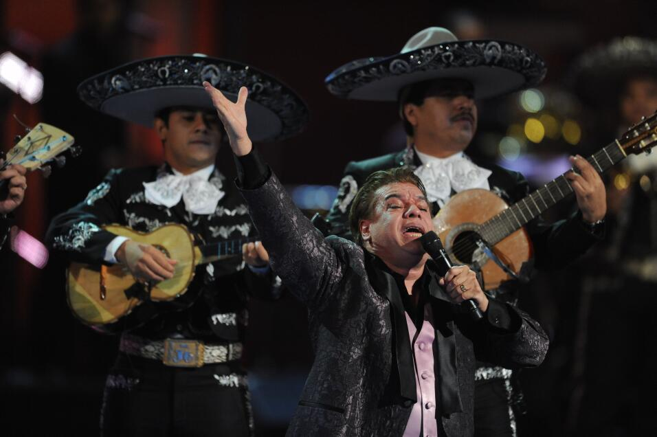 Mexican singer-songwriter Juan Gabriel dies at age 66 ...