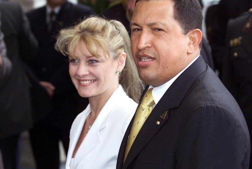 """""""Las mujeres del presidente de Venezuela Hugo Chávez Frías"""" también fuer..."""