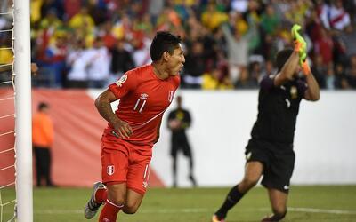 El gol de Raúl Ruidíaz eliminó a Brasil