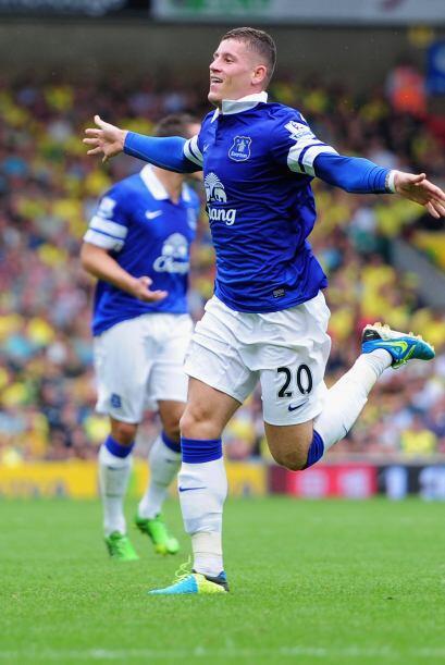 Norwich y Everton empataron 2-2 en un partidazo con anotaciones de Whitt...
