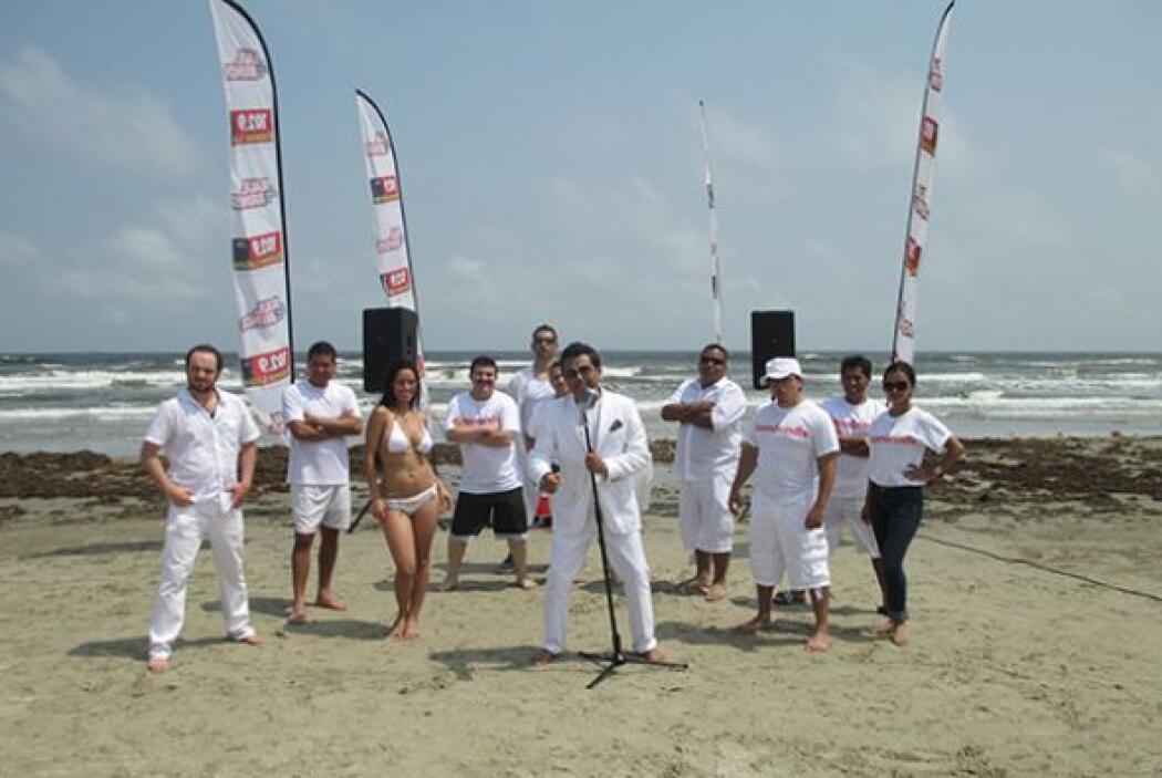 También, Columba participó en el video del #TeamBrindis en la playa de G...