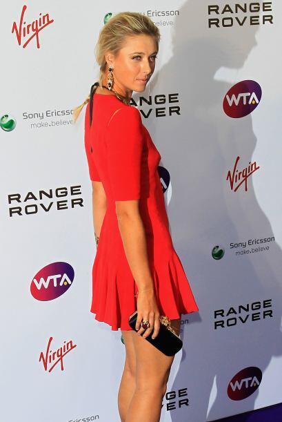 Además de ser una gran tenista, a Sharapova la buscan para ser la...