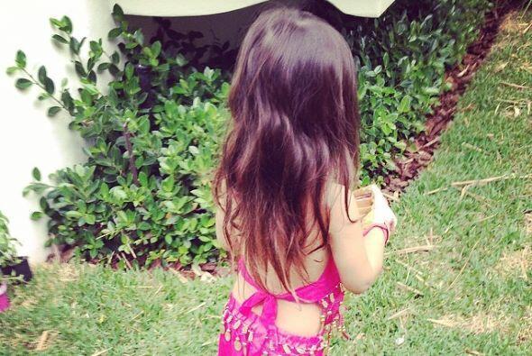 La guapa venezolana ha declarado que tener una nena en casa es como pasa...