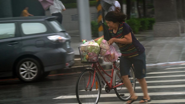 Tifón Megi deja al menos cuatro muertos en Taiwán