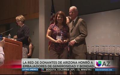 Red de donantes reconoce a talento de Univisión Arizona
