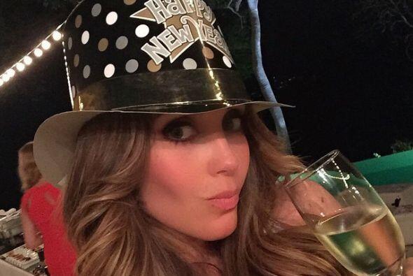 El 2015 está lleno de grandes sorpresas para Anahí ya que además de posi...