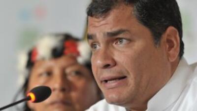 El presidente Correa confirmó que el helicóptero presidencial se acciden...