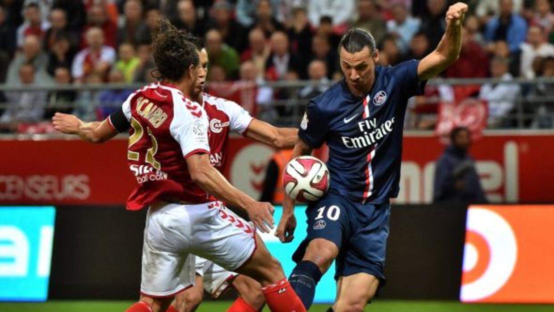 Zlatan marcó un doblete pero también falló un penalti.