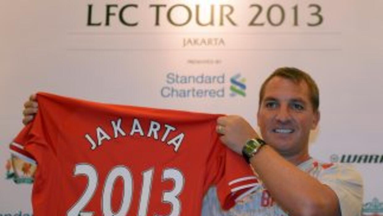 Rodgers habló sobre el caso de Luis Suárez durante su visita por Yakarta...