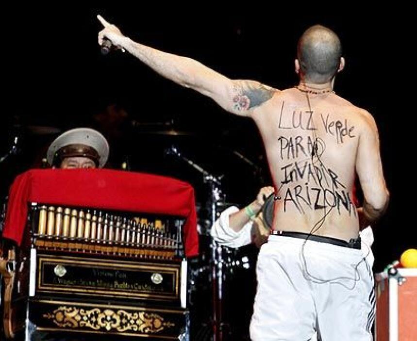 Calle 13El integrante del grupo Calle 13, Residente, hizo público su rep...