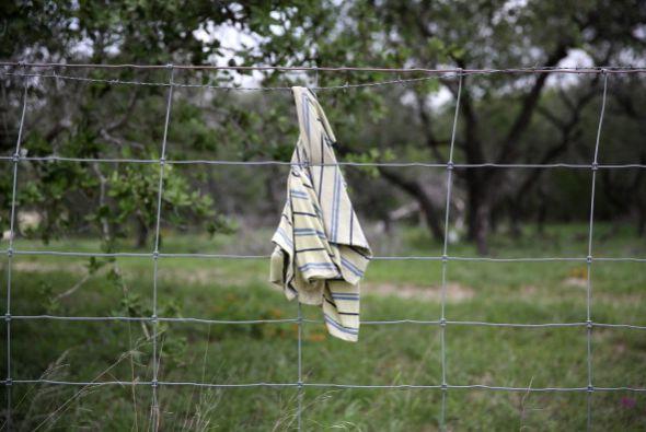 Se cambian de ropa y se ponen mudas frescas que traen en la mochila.