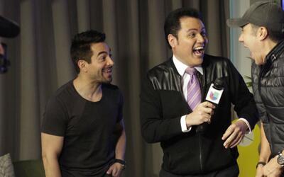 Los comediantes Adrián Uribe y Omar Chaparro hablan de su espectáculo 'I...