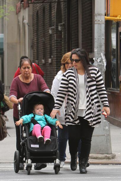 En Junio del 2012 la actriz recibió a su primer bebé y ens...