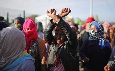 """Francia desmonta la """"Jungla"""" de Calais, uno de los mayores campamentos d..."""