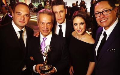 El equipo de Noticias 34 Los Angeles festejó la entrega de los premios E...