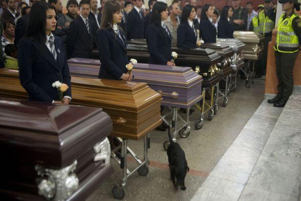 El viernes recibieron honras fúnebres, horas antes de que se celebrara e...