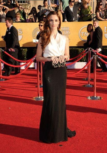 Paz Vega y su vestido largo en blanco y negro que simulaba dos piezas fu...
