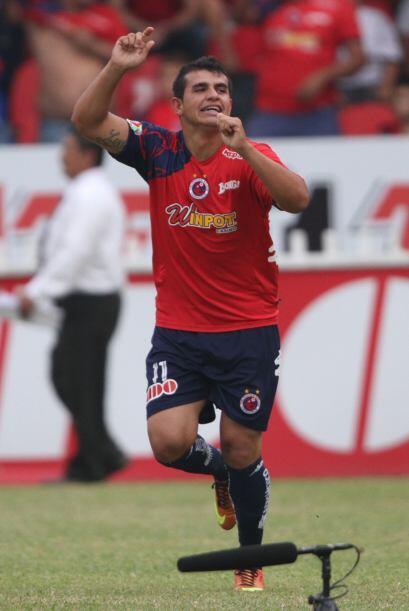 Daniel Quiñones marcó el primer gol apenas al minuto dos d...