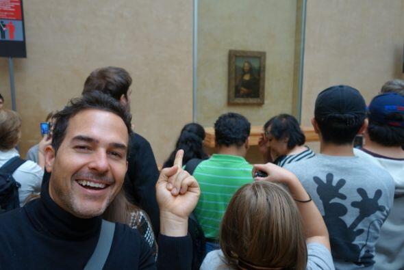Aquí, Calderón pudo ver de cerca la Mona Lisa de Leonardo...