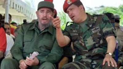 Fidel Castro y Hugo Chávez hace varios años.