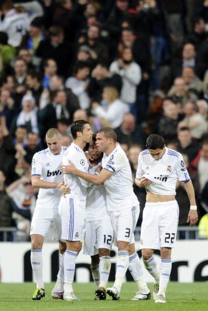 Pese a la alegría, este gol aún no calmaba al equipo espa&...