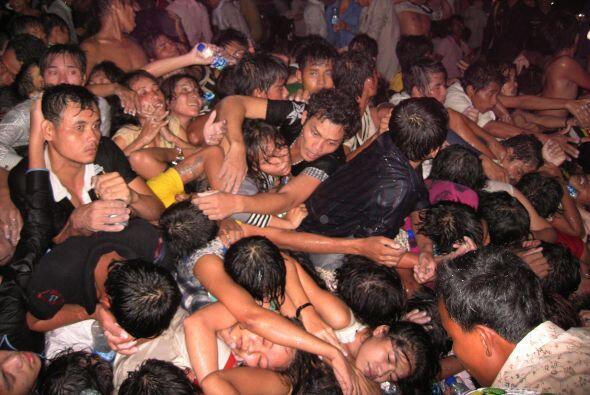 Lo que se perfilaba como una gran festejo en Camboya, terminó en una tra...