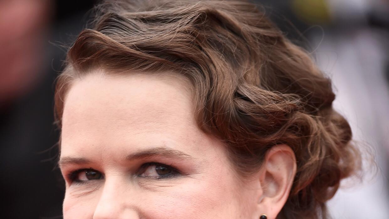 Nailea Norvind en la alfombra roja de Cannes