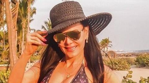 Maribel Guardia es otra de las maduritas más sexys. Sus bikinis h...