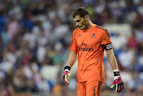 Iker Casillas tampoco daba crédito al darse cuenta de que perder&...
