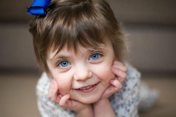 Esta pequeña se siente muy emocionada de poder recuperar su salud y regr...