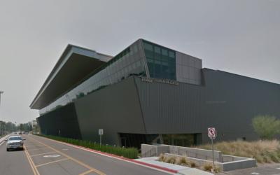El tiroteo ocurrió cerca del campus universitario de Northridge.